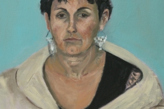 Woman with dramatic earrings - oil on canvas